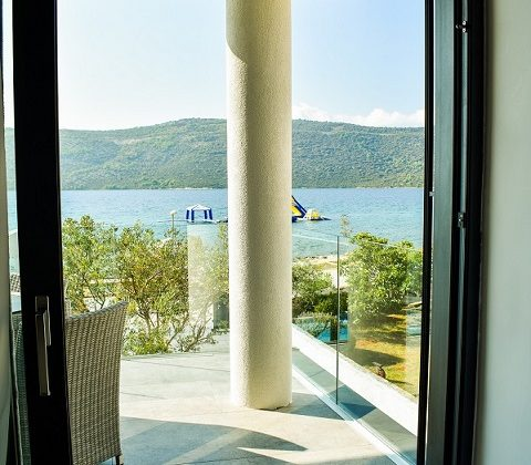 Deluxe Double Room with Balcony and Sea View | 34 m² | S4